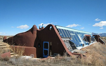 Earthship-exterior-6-High-Meadow-Dr-Taos-NM