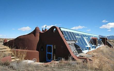 Earthship-exterior-6-High-Meadow-Dr-Taos-NM